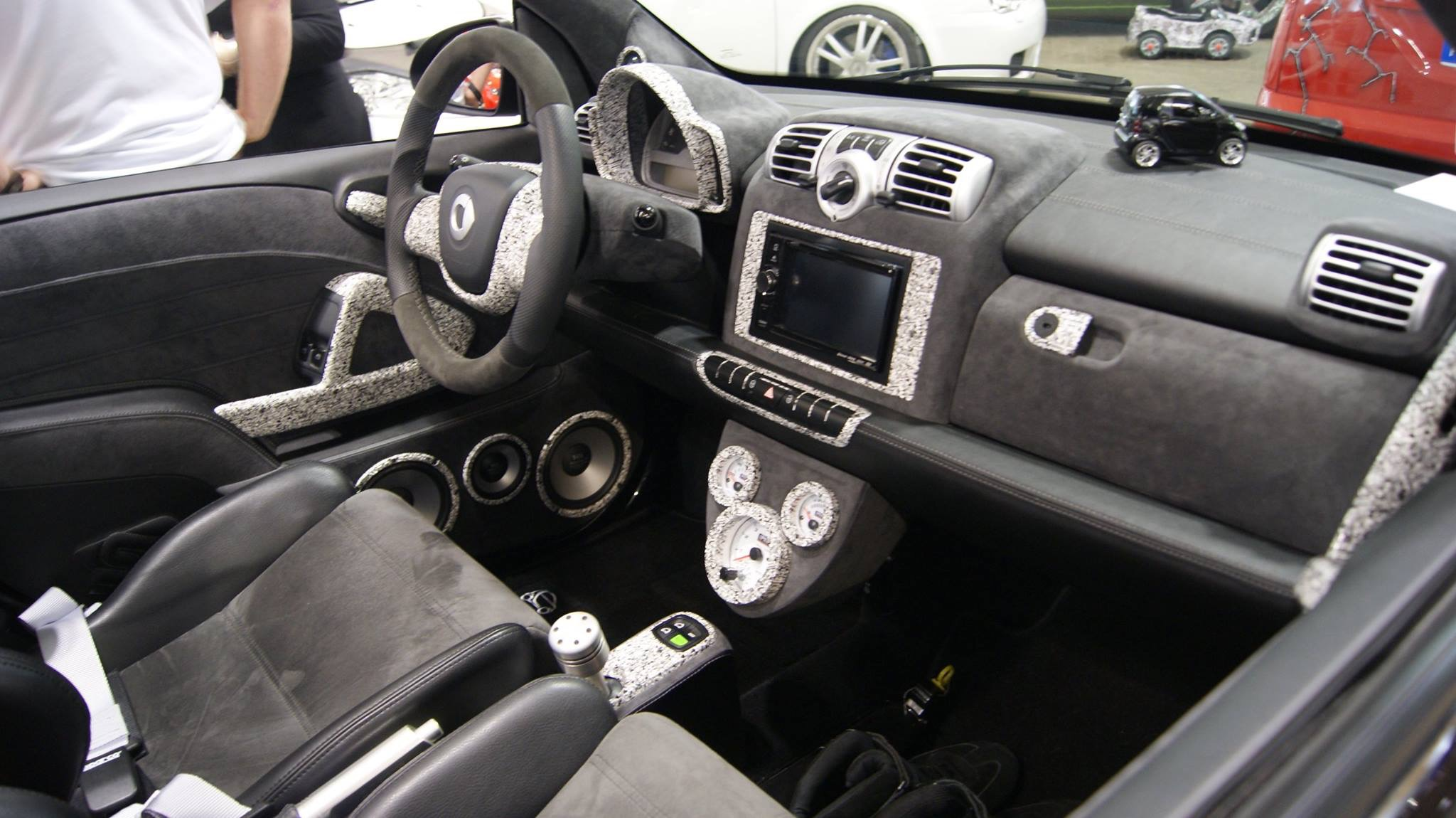 Smart 451 airsmart sw car interieur for Smart interieur